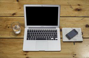 macbook freelance working
