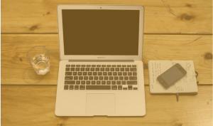 macbook web copywriter